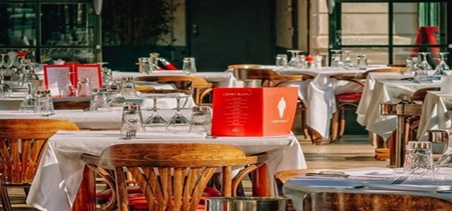 DoorDash plans to lower or waive commission fees for restaurateurs